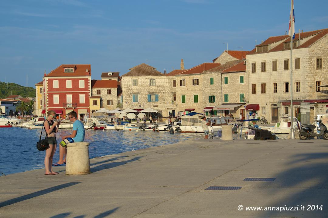 Stari Grad, il porto